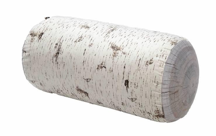 Pufy leśne indoor i outdoor: styl , w kategorii Salon zaprojektowany przez HEDO design