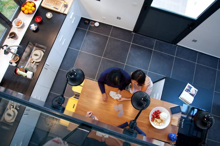 Extension de Maison – Romainville: Cuisine de style de style Moderne par ATELIER FB