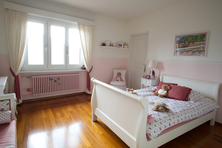 Splendida vista sul lago di Lugano: Camera da letto in stile  di DF Design