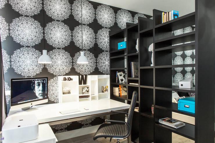 Рабочий стол в кабинете: Рабочий кабинет  в . Автор – Nika Loiko Design