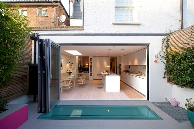 Rear Extension; Kitchen Ground Floor:  Houses by Gullaksen Architects