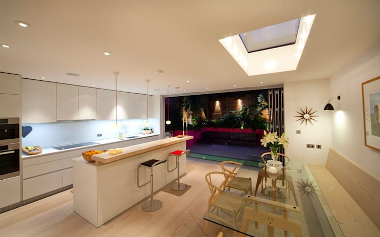 Kitchen Rear Extension:  Kitchen by Gullaksen Architects