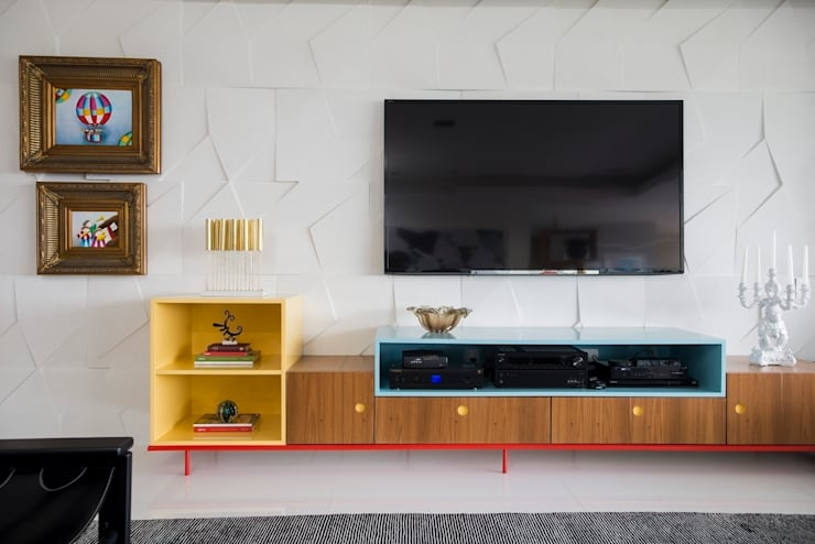 Livings de estilo  por Rodrigo Maia Arquitetura + Design