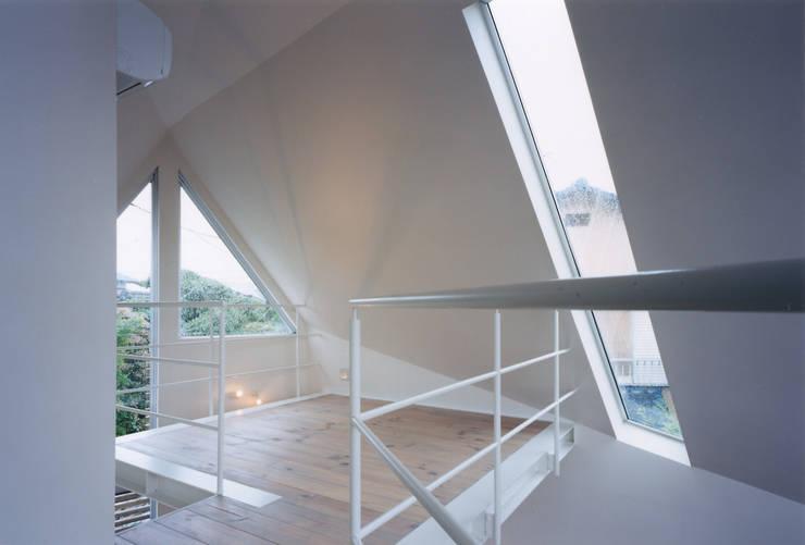 書斎: 一級建築士事務所 バサロ計画が手掛けた和室です。
