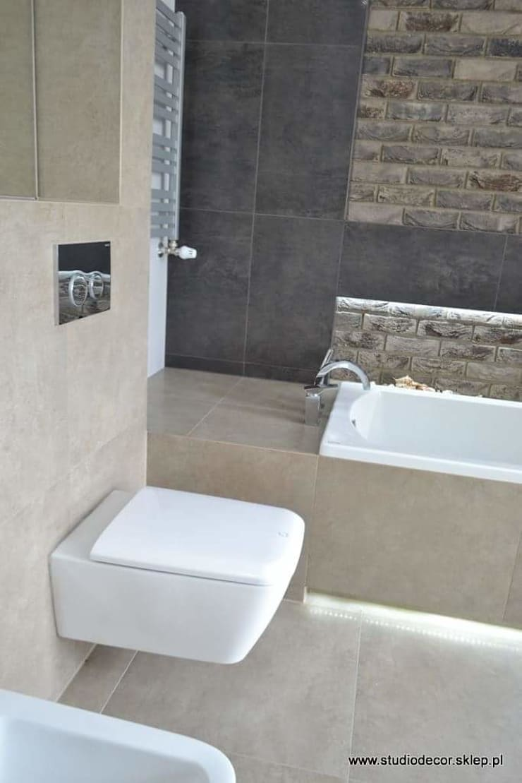 Łazienka w Porębie: styl , w kategorii  zaprojektowany przez StudioDecor,Nowoczesny