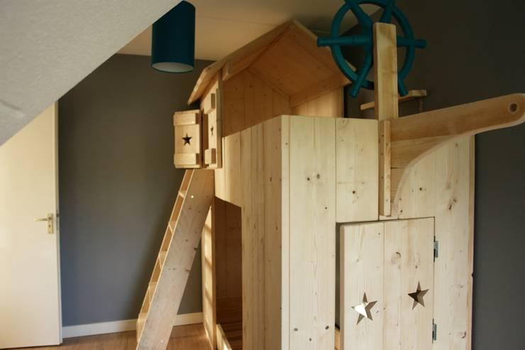 piratenbed:  Kinderkamer door klauterkamer