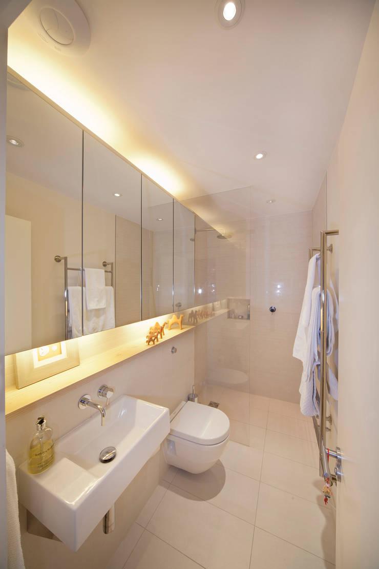 Basement Bathroom:  Bathroom by Gullaksen Architects, Scandinavian
