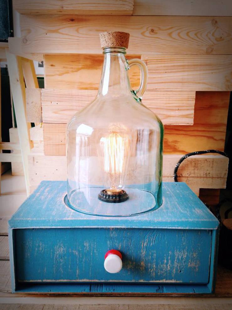 Lámpara Quina: Hogar de estilo  por Habanero Mobiliario