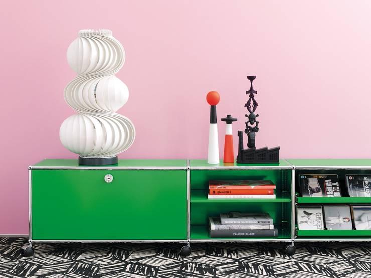 minimalistic Living room by USM Möbelbausysteme