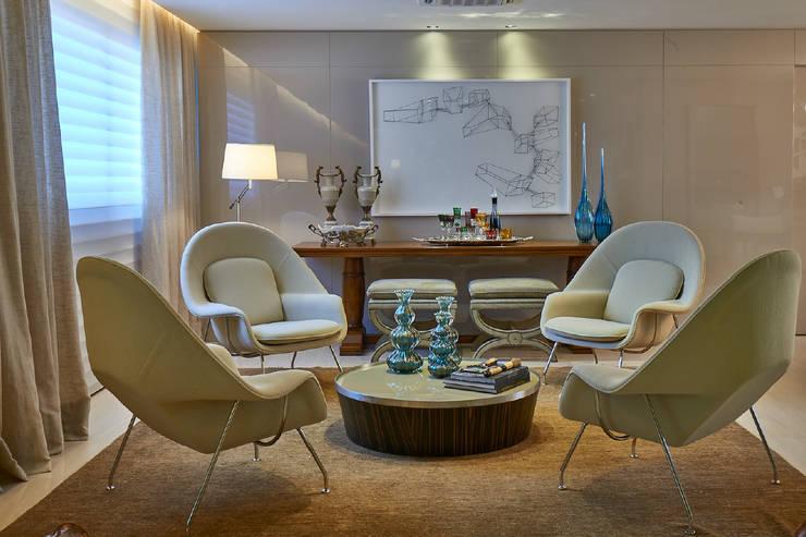 Gláucia Britto: modern tarz Oturma Odası