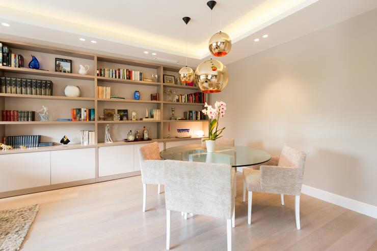 PISO MODERNO - BARCELONA  PEDRALBES: Comedores de estilo moderno de LF24 Arquitectura Interiorismo