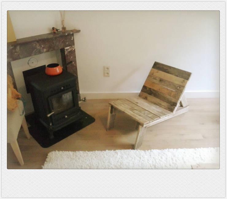 funky seat 6: industriële Woonkamer door Funky furniture