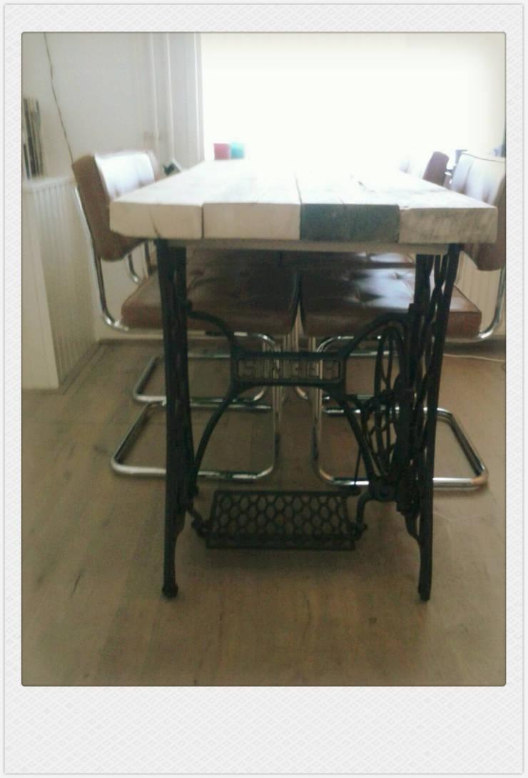 funky table 2:   door Funky furniture, Industrieel