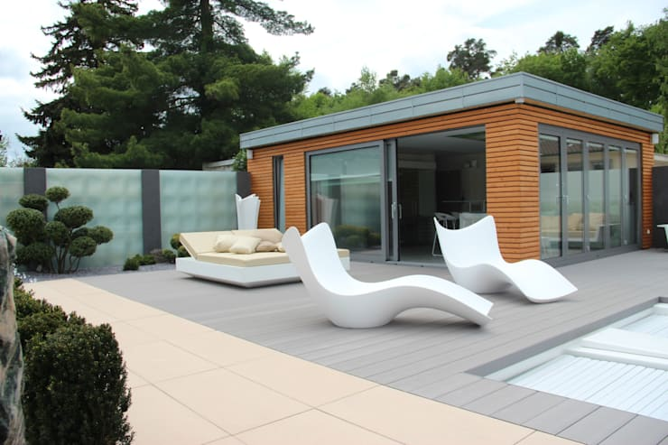 PRIVATE HOUSE HESSEN GEMANY: Jardín de estilo  de Vondom