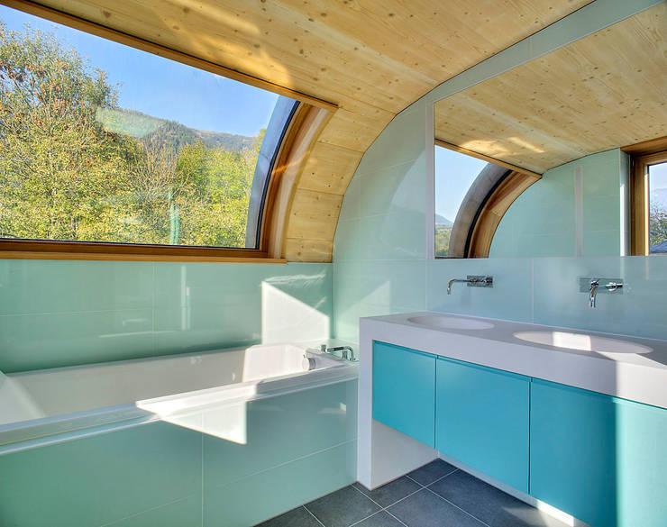 Haus ST: moderne Arbeitszimmer von pedit&partner architekten