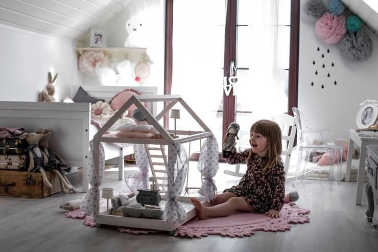 SkandiHouse  MINI: styl , w kategorii Pokój dziecięcy zaprojektowany przez Arte Aria Artesania