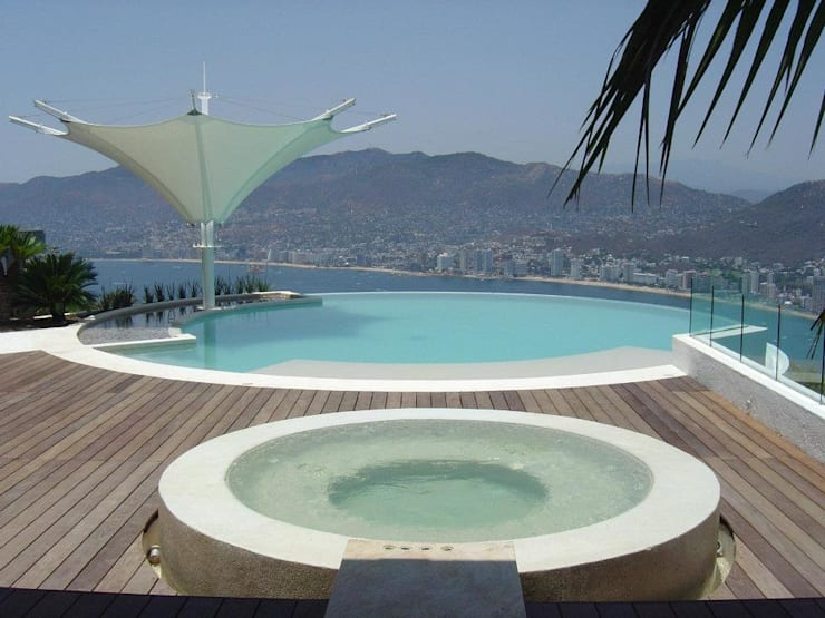 Pool by MICHEAS ARQUITECTOS