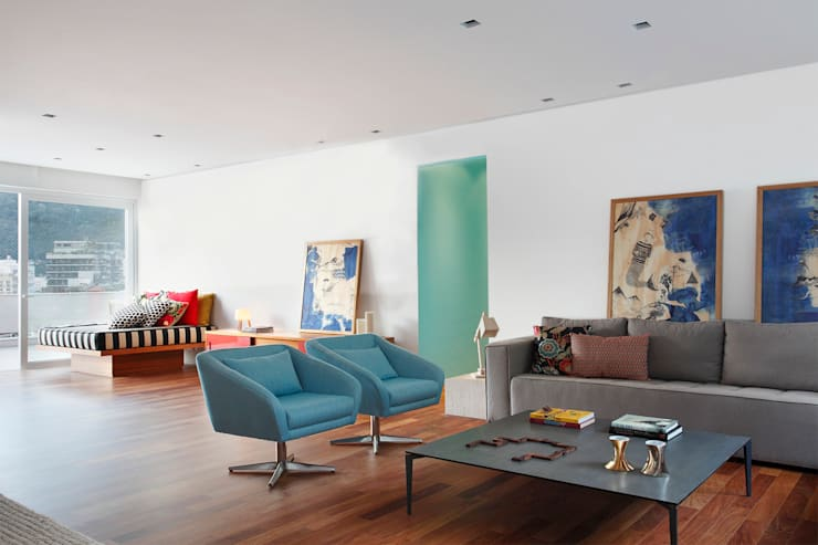 Cobertura Almirante Guillobel: Salas de estar modernas por Cerejeira Agência de Arquitetura