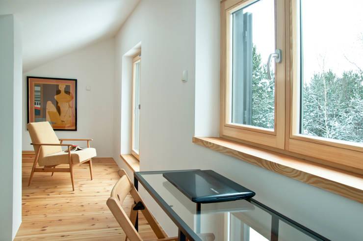 Poddasze, sypialnia: styl , w kategorii Sypialnia zaprojektowany przez Magdalena Zawada