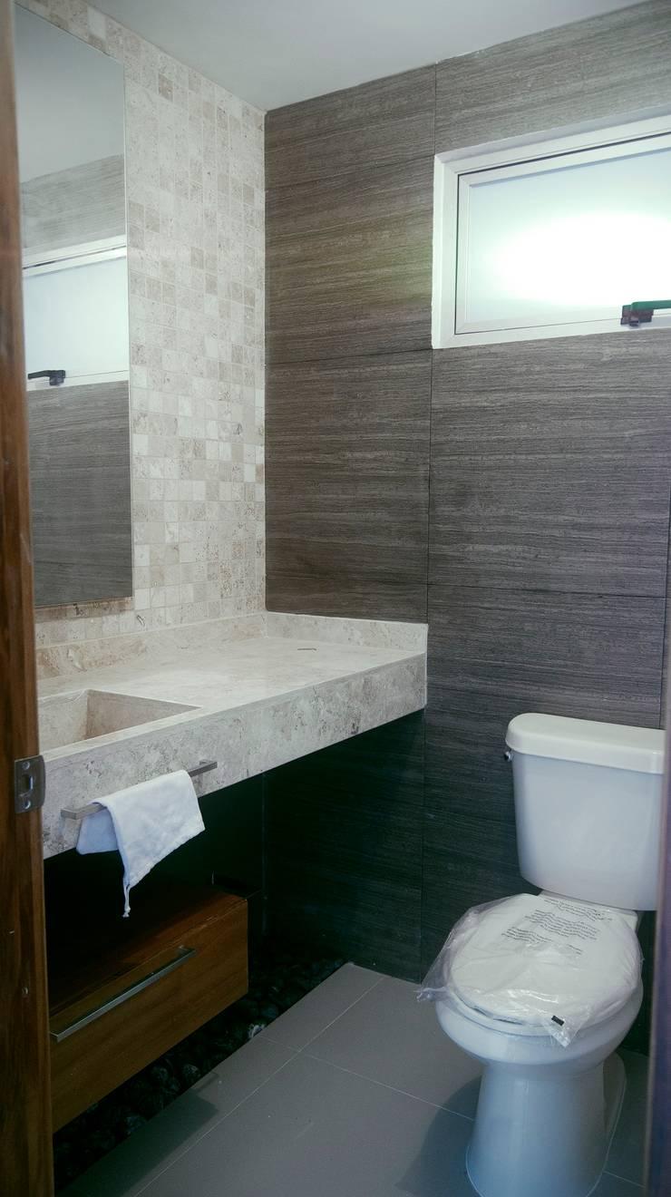 1/2 Baño: Baños de estilo  por RTstudio