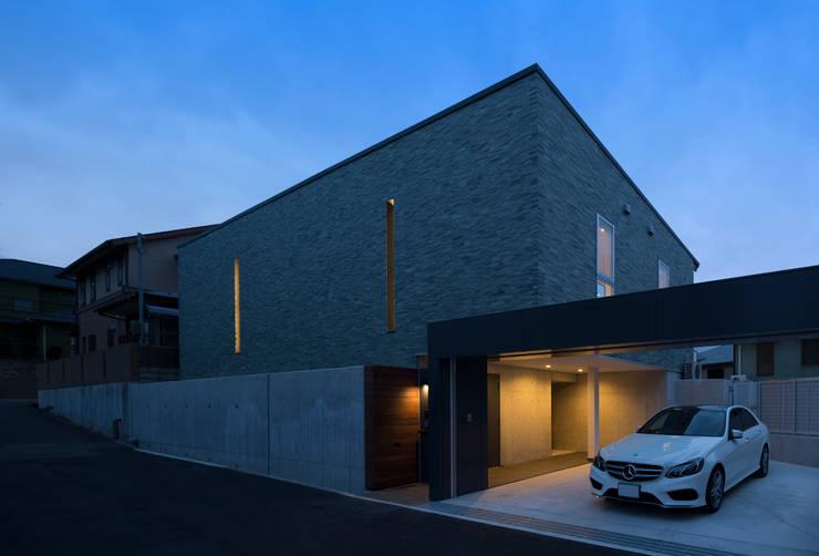削ぎ取られた風景: スタジオクランツォ一級建築士事務所が手掛けたです。