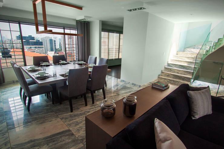 Dining room by Concepto Taller de Arquitectura