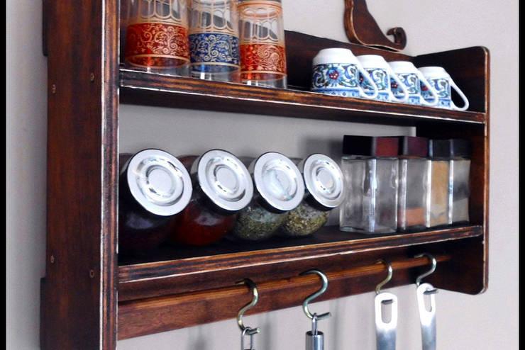 Pons Home Design – Ahşap Mutfak Rafı:  tarz Mutfak