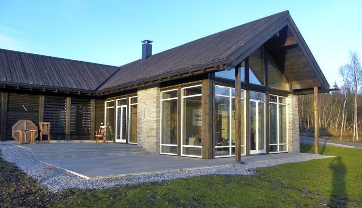 Terrace Casas de estilo escandinavo de Gullaksen Architects Escandinavo