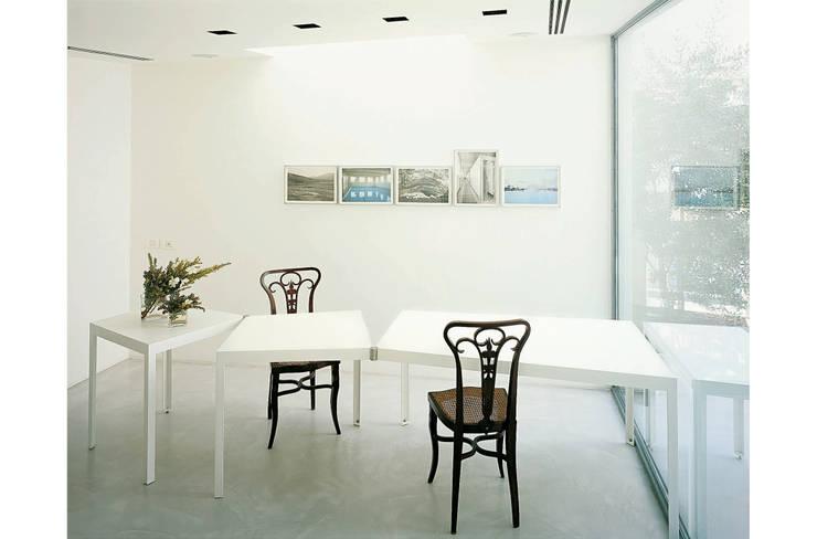 Comedores de estilo  por 8&A Architetti