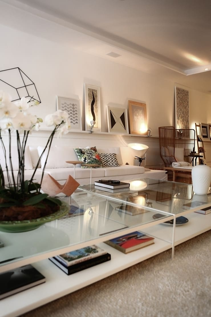 Casa Cor Ceará 2014: Salas de estar  por Rodrigo Maia Arquitetura + Design