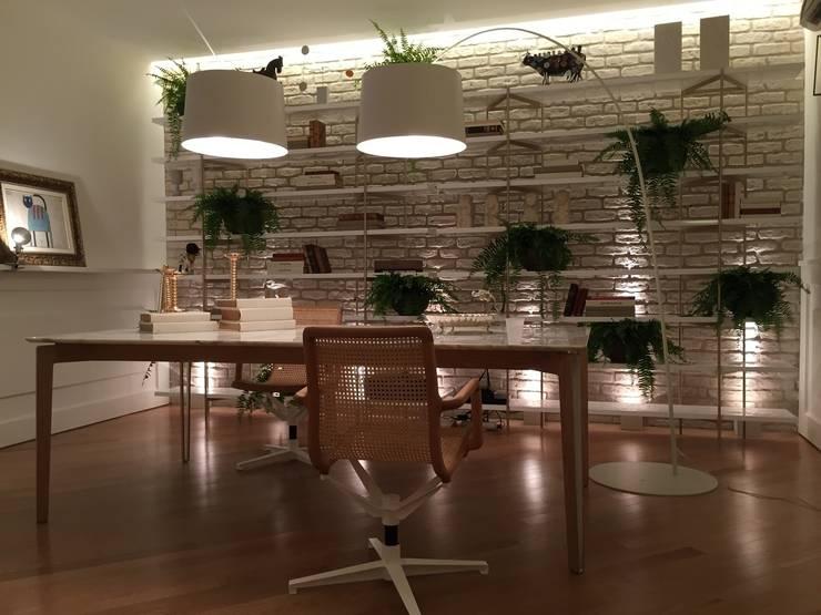 Phòng học/Văn phòng by Rodrigo Maia Arquitetura + Design