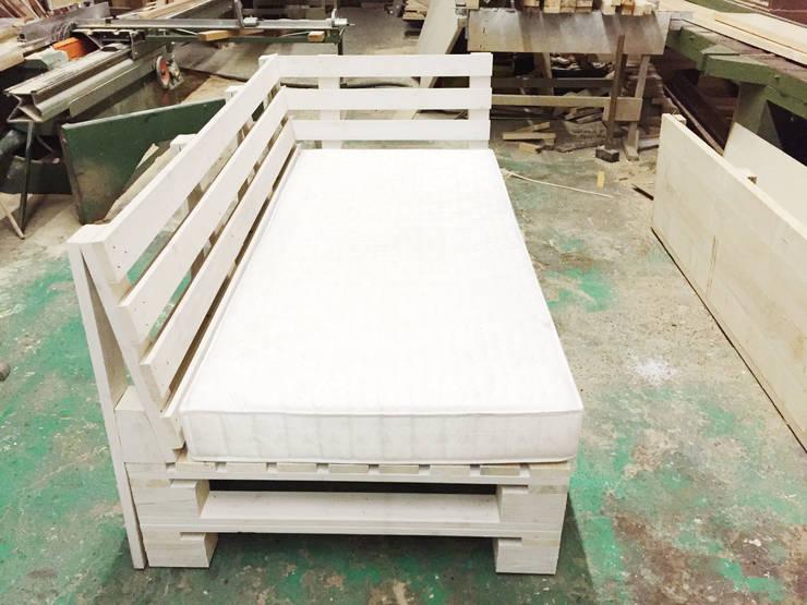 Möbel aus PALETTEN von Pelz Paletten | homify