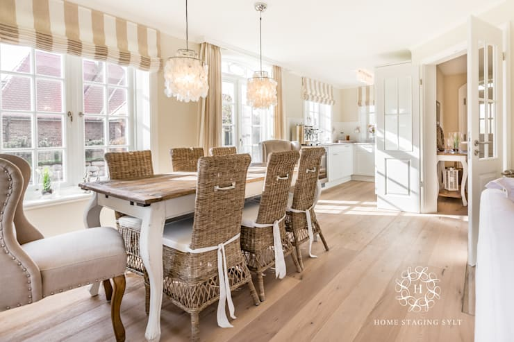 Dining room by Home Staging Sylt GmbH