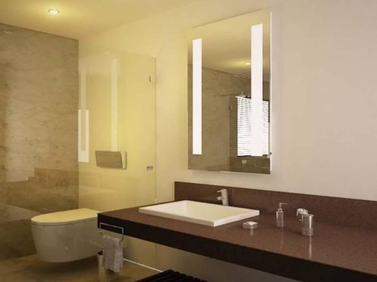 Espejo con iluminación led dos barras verticales: Baños de estilo  por Oikos Design