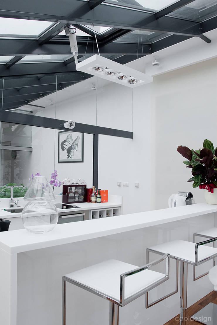 PROJEKT OGRODU ZIMOWEGO: styl , w kategorii Kuchnia zaprojektowany przez COOLDESIGN