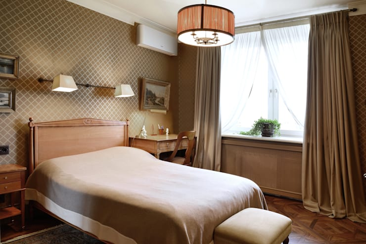 Квартира в английском стиле: Спальни в . Автор – ANIMA