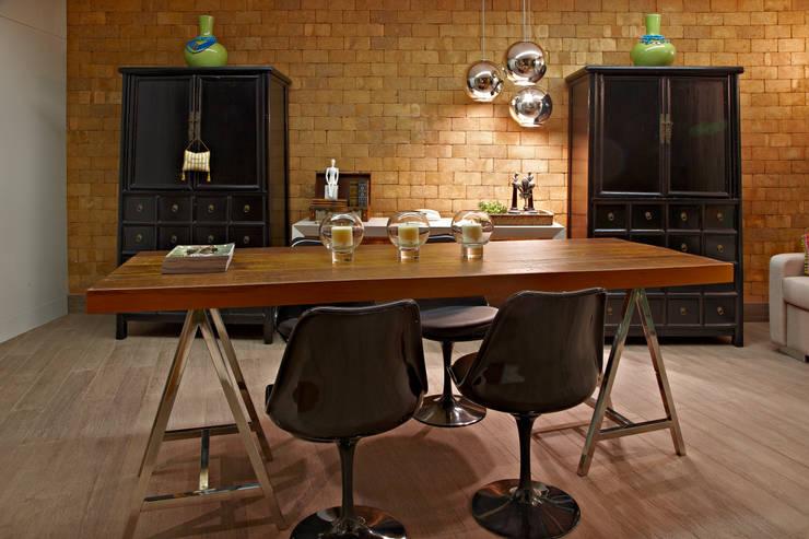 Oficinas de estilo moderno por Gláucia Britto
