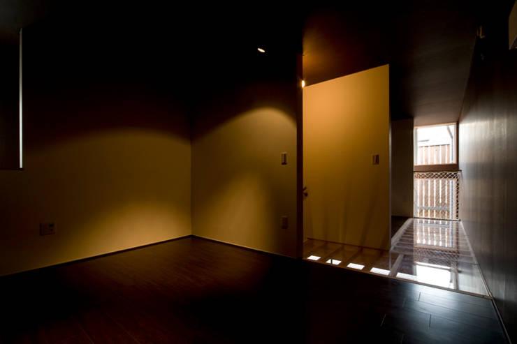 sora: 【快適健康環境+Design】森建築設計が手掛けた寝室です。