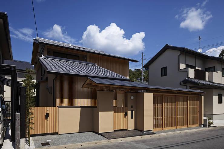 京都市Tn邸: 空間工房 用舎行蔵 一級建築士事務所が手掛けた家です。