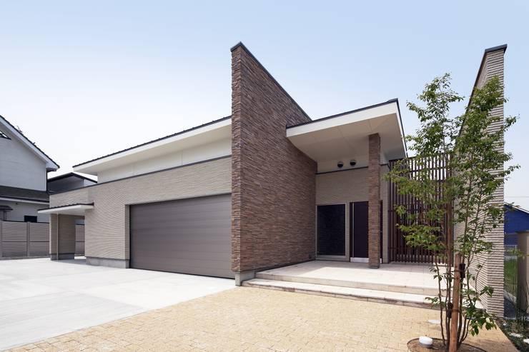 姫路市T邸: 空間工房 用舎行蔵 一級建築士事務所が手掛けた家です。
