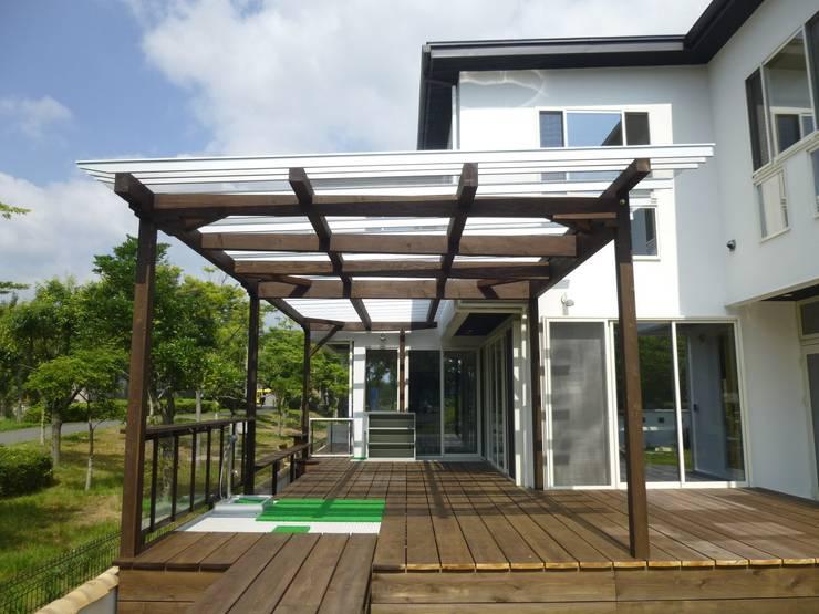 グレイシーズ: 西川真悟建築設計が手掛けた家です。