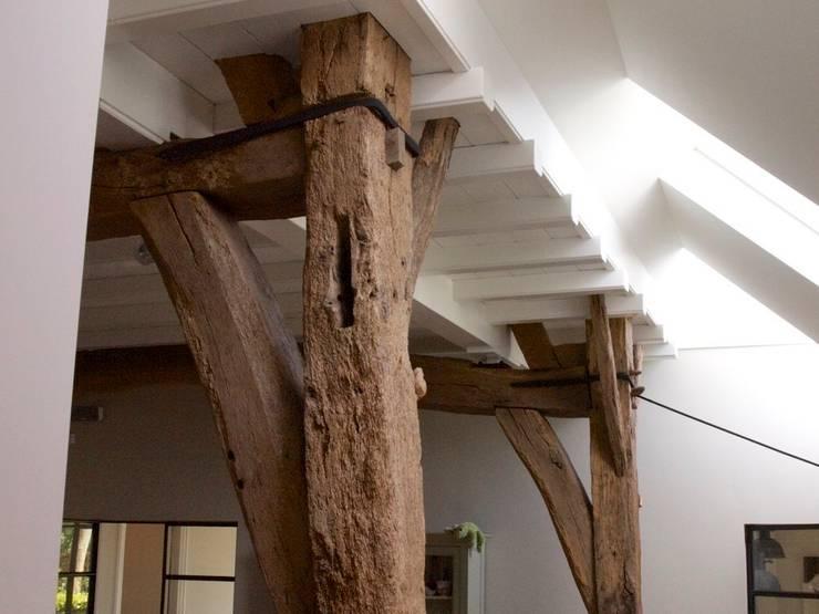 Oorspronkelijke constructie:  Woonkamer door Frank Loor Architect