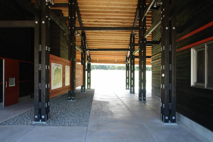橋立自然公園管理棟: BANKnoteが手掛けた会議・展示施設です。,