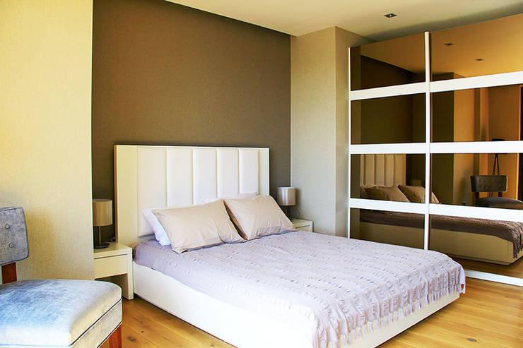 ARTHUR&MILLER – ZEN BODRUM:  tarz Yatak Odası, Modern