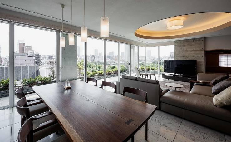 9階のダイニングルーム: 松田靖弘建築設計室が手掛けたダイニングです。
