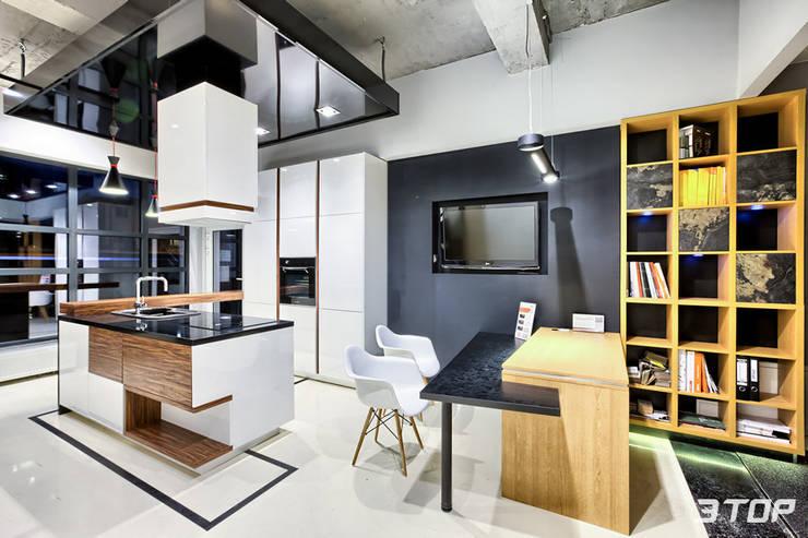 Meble na wymiar – studio mebli i projektowania wnętrz Marki-Warszawa: styl , w kategorii Kuchnia zaprojektowany przez 3TOP