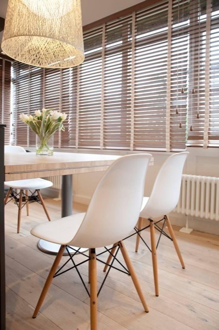 Sube Susaeta Interiorismo – Sube Contract diseño interior de casa con gran cocina: Comedores de estilo  de Sube Susaeta Interiorismo