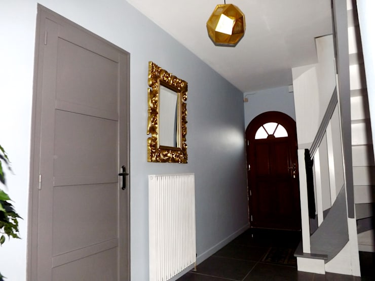 CLEF EN MAIN: Couloir et hall d'entrée de style  par Muraccioli design