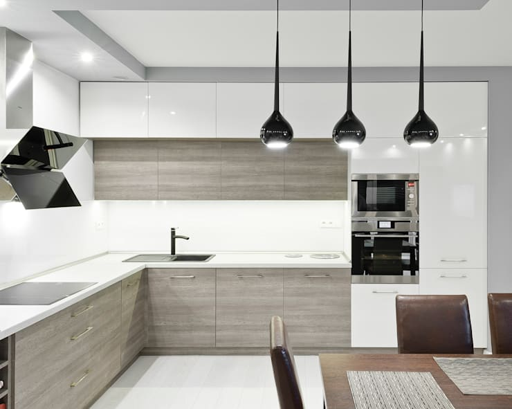 Realizacja kuchenne na Osiedlu Apartamenty Generalska w Opolu: styl , w kategorii Kuchnia zaprojektowany przez Meble Ideal