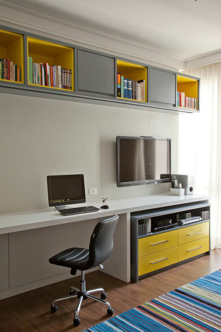 Office spaces & stores  by CARMELLO ARQUITETURA